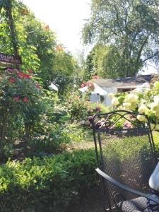 m garden 2